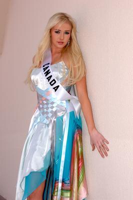 ���� ����� ���� ������ ���� 2010 , ��� ����� ���� ������ ���� 2011 Miss-Canda015.jpg
